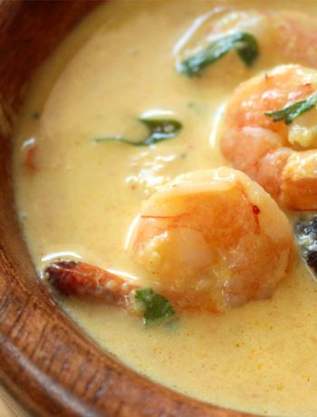 Keto Prawn Curry